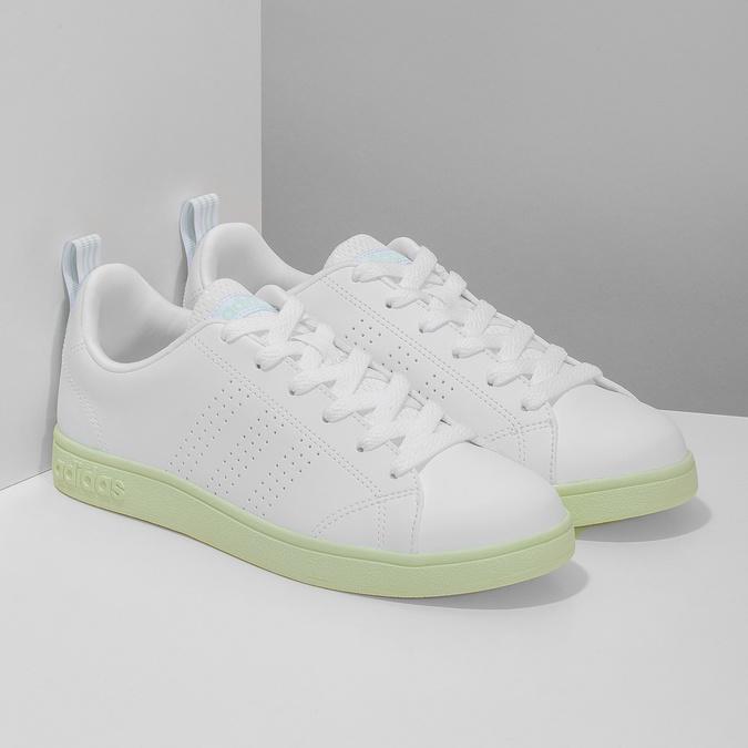 Dámské bílé tenisky se zelenou podešví adidas, bílá, 501-1733 - 26