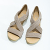 Kožené sandály na klínku bata, hnědá, 563-4600 - 16