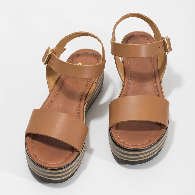 Kožené sandály na pruhované flatformě bata, hnědá, 666-4633 - 16