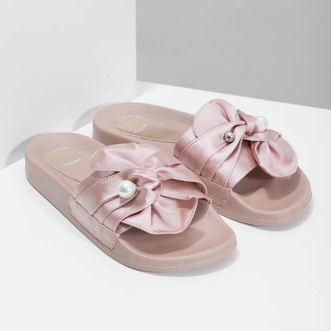 Růžové saténové nazouváky s perličkami bata, růžová, 569-5615 - 26