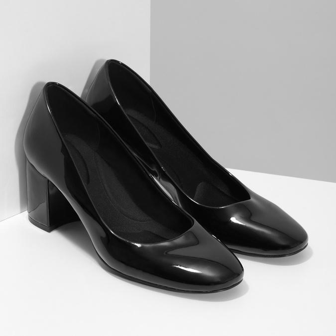 Lakované černé lodičky pillow-padding, černá, 721-6656 - 26