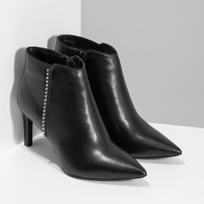 Kožená kotníčková obuv s kovovou aplikací bata, černá, 796-6659 - 26