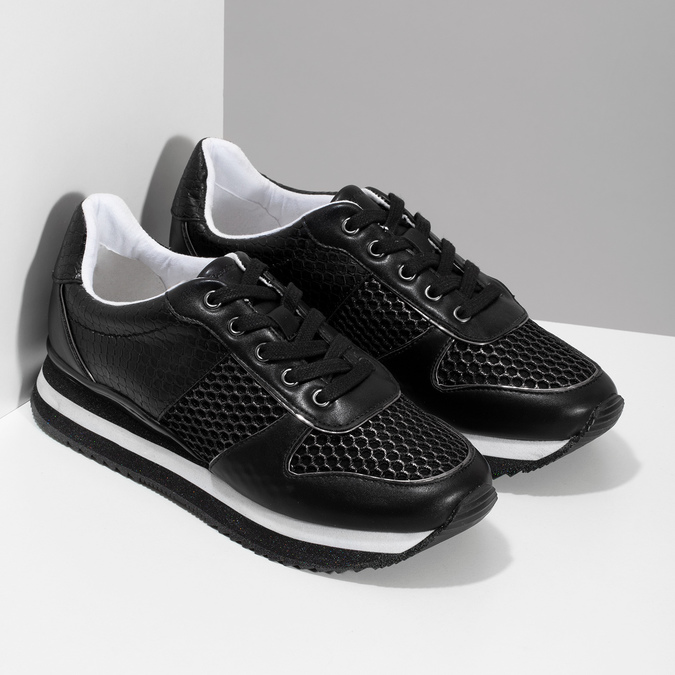 Černé dámské tenisky s výraznou podešví bata-light, černá, 521-6647 - 26