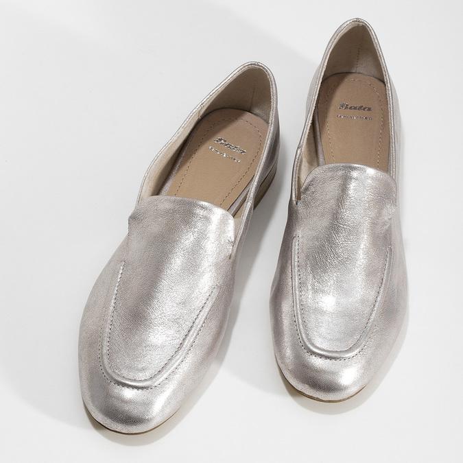 Dámské stříbrné kožené mokasíny bata, stříbrná, 518-5605 - 16