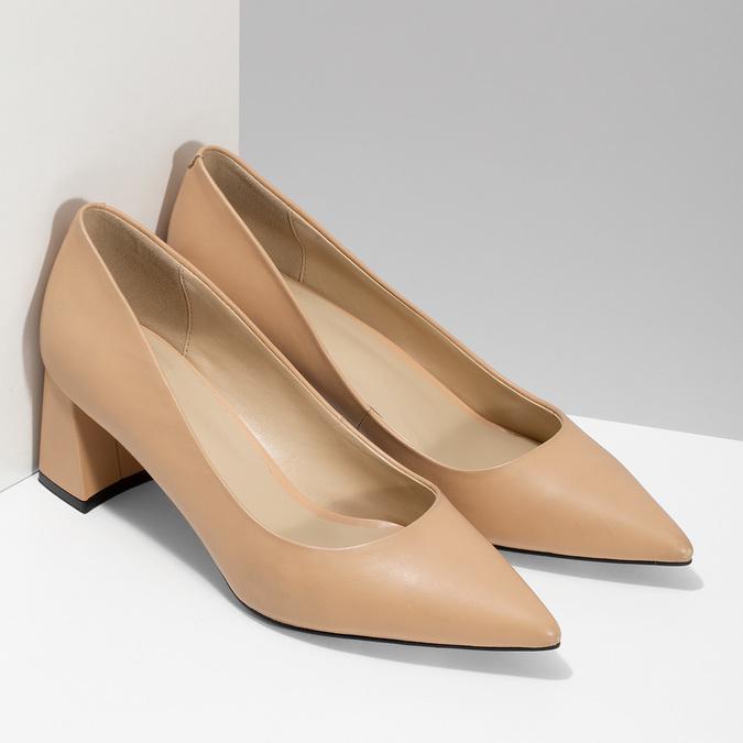 Béžové kožené lodičky na stabilním podpatku bata, béžová, 624-8612 - 26