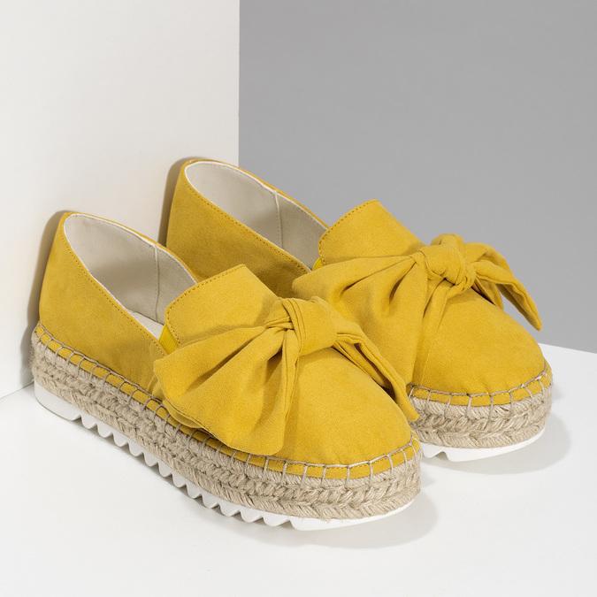 Žluté dámské espadrilky s mašlí bata, žlutá, 559-8607 - 26