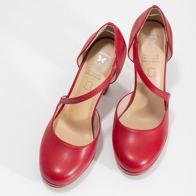Červené kožené lodičky s asymetrickým páskem insolia, červená, 724-5662 - 16