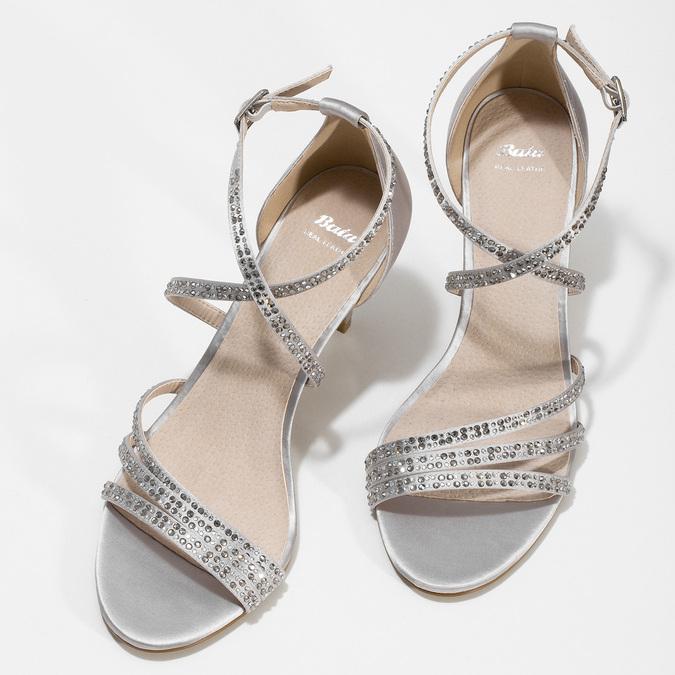 Stříbrné sandály na podpatku s kamínky bata, stříbrná, 729-1609 - 16