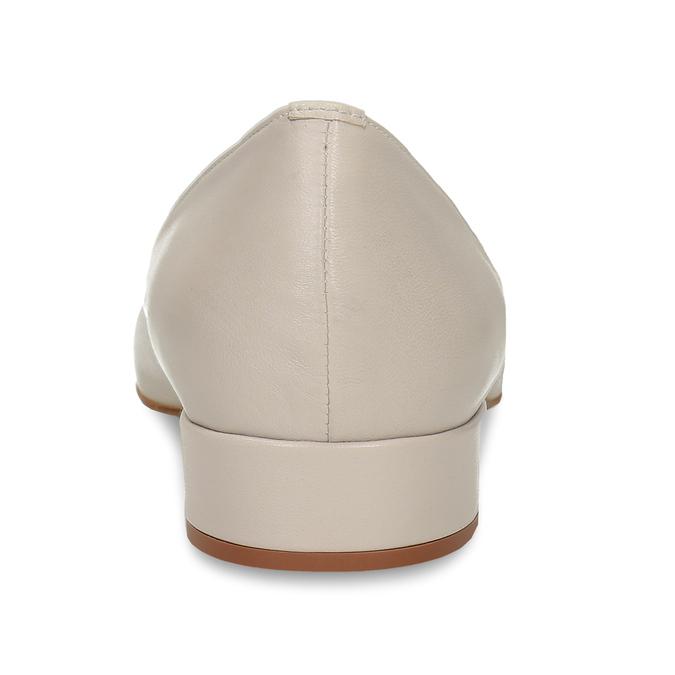 Béžové kožené lodičky na nízkém podpatku bata, béžová, 524-8623 - 15